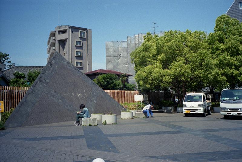 L7104leica_35mm.jpg